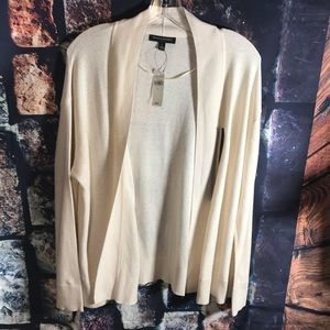 Brand   New  Banana Republic Large outer wear.